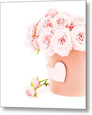 Beauty Pink Roses Metal Print by Boon Mee