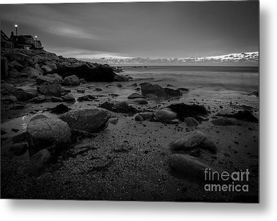 Before The Sun Metal Print by Sue OConnor