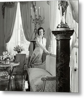 Betty Ford In The Oval Room Of The White House Metal Print by Horst P. Horst