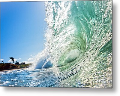 Metal Print featuring the photograph Big Wave On The Shore by Paul Topp