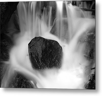 Black Rock And Water Yosemite Metal Print