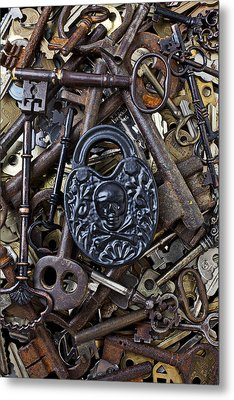 Black Skull And Bones Lock Metal Print by Garry Gay