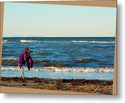 Braving For That Perfect Shot Metal Print by Ron Haist