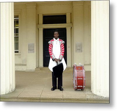 British Royal Guard Standing Metal Print by Andrew Chittock