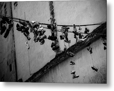 By A Shoestring Metal Print by Dan  Grover