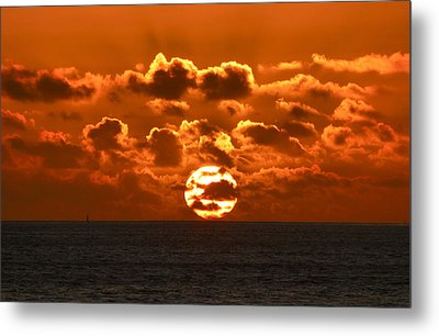 Central Coast Sunset Metal Print by Amelia Racca