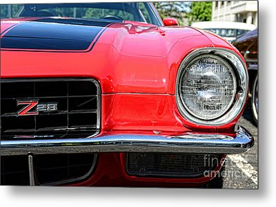 Chevy Camaro Z28 Metal Print by Paul Ward
