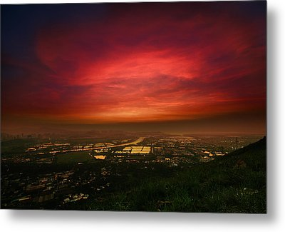 Metal Print featuring the photograph Cloud On Fire by Afrison Ma