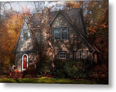 Cottage - Cranford Nj - Autumn Cottage  Metal Print by Mike Savad