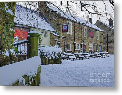 Crispin Inn At Ashover Metal Print by David Birchall