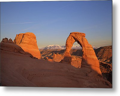 Delicate Arch At Sunset-2 Metal Print by Alan Vance Ley
