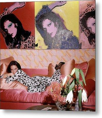 Diane Von Furstenberg In Her New York Living Room Metal Print
