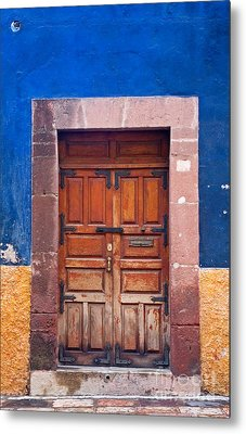 Door In Blue And Yellow Wall Metal Print by Oscar Gutierrez