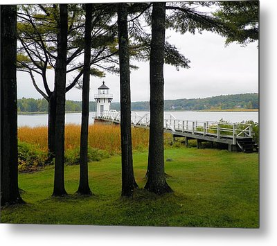 Doubling Point Light Arrowsic Metal Print