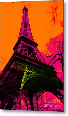 Eiffel 20130115v1 Metal Print by Wingsdomain Art and Photography