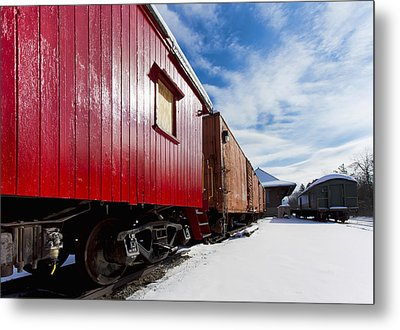 End Of The Line Metal Print by Peter Chilelli