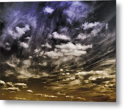 Engage Metal Print by Tom Druin