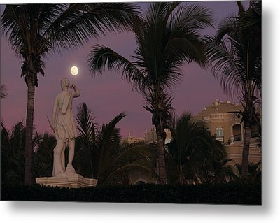 Evening Moon Metal Print by Shane Bechler