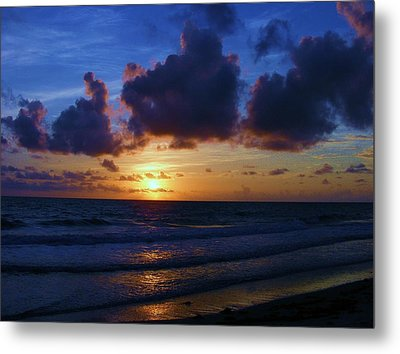 Metal Print featuring the photograph Evening Sun by James McAdams