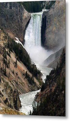 Fall And Stream In Yellowstone Metal Print by Yue Wang
