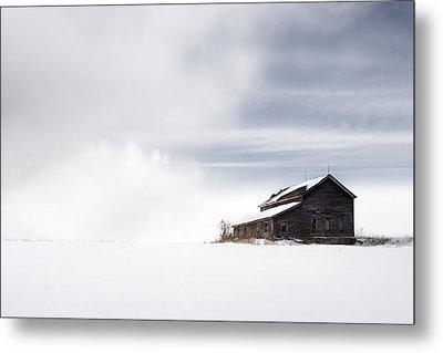 Farmhouse - A Snowy Winter Landscape Metal Print by Gary Heller