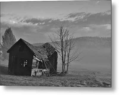 Fixer Upper Metal Print by Paul Noble