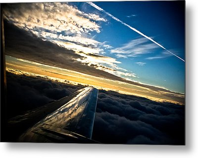 Flight 777 Metal Print by Joel Loftus