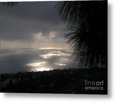 Metal Print featuring the photograph Footprints On The Ocean by Bev Conover