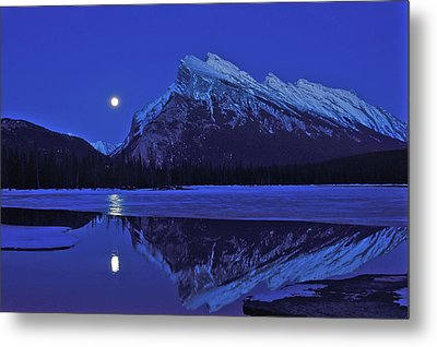 Full Moon Over Mt Rundle, Banff Metal Print