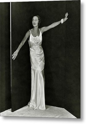 Gertrude Lawrence In A Molyneux Dress Metal Print