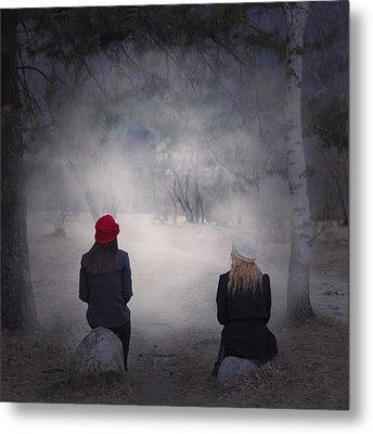 Girlfriends Metal Print by Joana Kruse