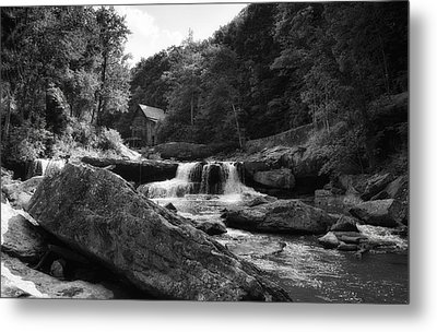 Glade Creek Waterfall Metal Print by Shelly Gunderson