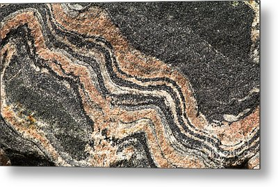 Metal Print featuring the photograph Gneiss Rock  by Les Palenik