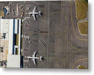 Gold Coast Airport Ool Metal Print