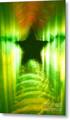 Green Christmas Star Metal Print by Gaspar Avila