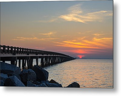 Hazy Sunset Metal Print by Gregg Southard