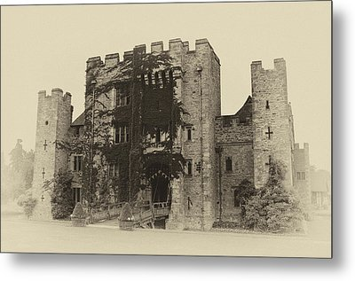Hever Castle Yellow Plate Metal Print by Chris Thaxter