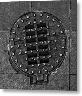 Hinged Manhole Cover Metal Print by Lynn Palmer