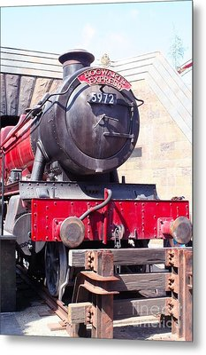 Hogwarts Express Color Metal Print by Shelley Overton