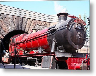 Hogwarts Express In Color 1 Metal Print by Shelley Overton