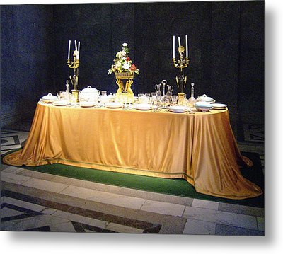Metal Print featuring the photograph Imperial Lunch  by Giuseppe Epifani