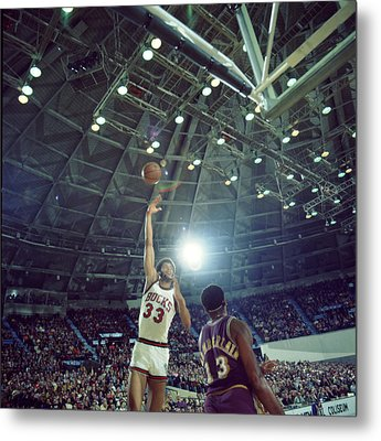 Kareem Abdul Jabbar Sky Hook Metal Print by Retro Images Archive