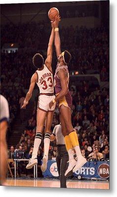 Kareem Abdul Jabbar Vs. Wilt Chamberlain Jump Ball Metal Print by Retro Images Archive