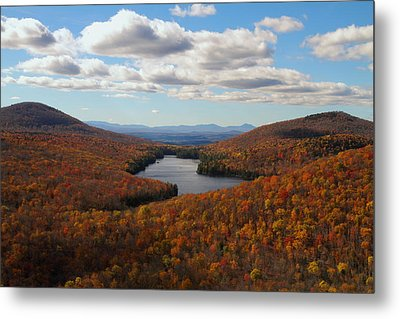 Kettle Pond At Owls Head In Autumn Metal Print by Jetson Nguyen