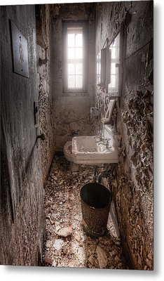 Ladies Room Metal Print by Gary Heller