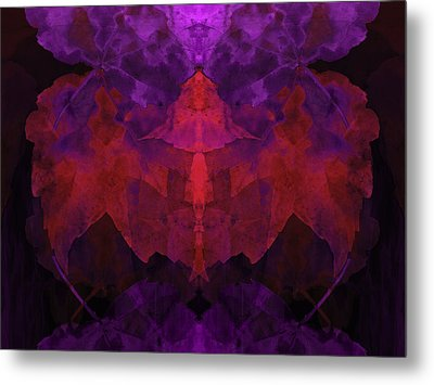 Leaf Changes Metal Print by Lynda Lehmann