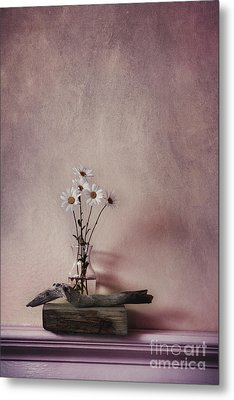 Life Gives You Daisies Metal Print by Priska Wettstein
