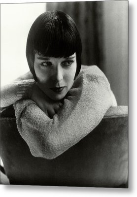 Louise Brooks On A Chair Metal Print by Edward Steichen