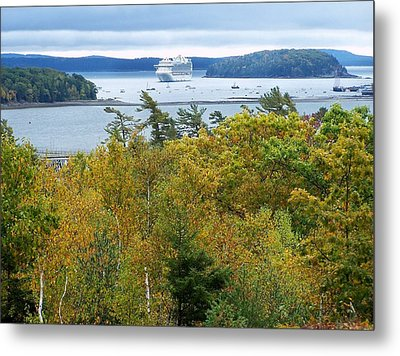 Metal Print featuring the photograph Maine Harbor by Gene Cyr
