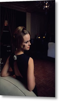 Marion Copeland In The Pump Room Metal Print by David Mccabe